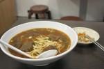 台湾のラーメン屋: 招牌牛肉麺