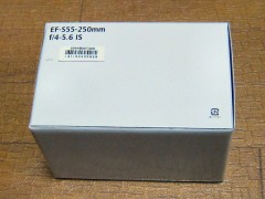 EOS Kiss X3: ダブルズームキット EF–S55–250mm 箱