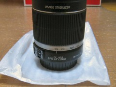 EOS Kiss X3: ダブルズームキット EF–S55–250mm ロゴ