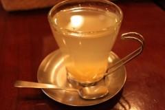 Cafe Lamp: ゆず茶: EOS Kiss X3: ストロボ発光禁止 1/6sec F4.5 ISO1600 29mm EF-S18-55mm