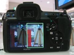 ペンタックス K-7: ノーマル撮影 (左) HDR 合成後 (右)