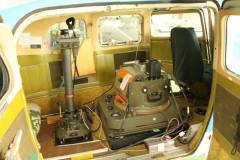 川崎航空: 航空写真撮影機器: プログラムAE 1/25sec F3.5 スポット測光 EV+2/3 ISO250 18mm EF-S18-55mm WB:日陰