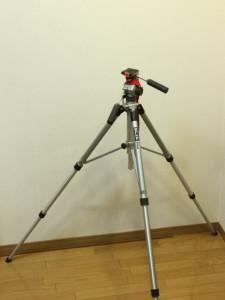 SLIK グランドマスター: 伸ばしたところ: EOS Kiss X3: 絞り優先AE 1/30sec F7.1 評価測光 EV+1 ISO1600 34mm EF-S18-55mm