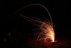 打ち上げ花火: 左に流れる