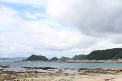 城崎海水浴場: 磯とビーチ: プログラムAE 1/160sec F10.0 評価測光 EV+1/3 ISO100 29mm EF-S18-55mm WB:AWB PS:風景