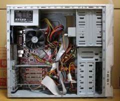 3RSYSTEM: R240: マザーボード取付後