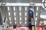 3RSYSTEM: R240: PCI スロットの目隠しカバー