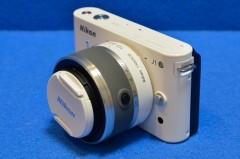 Nikon J1 + 標準ズーム 1 NIKKOR VR 10-30mm f/3.5-5.6