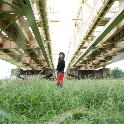 m-Gra: 小菅: 2本の橋の間