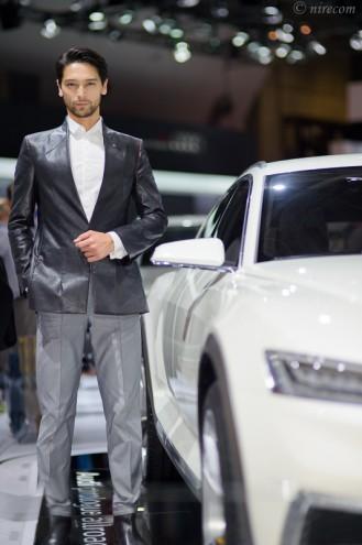 東京モーターショー 2015: 男性コンパニオン: Toyota: Lexus