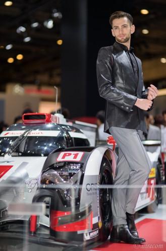 東京モーターショー 2015: 男性コンパニオン: Audi