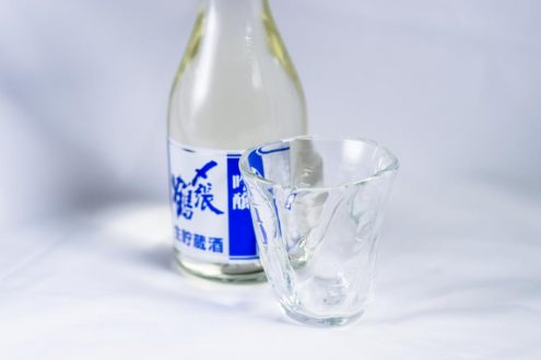 仁礼卒業式: 〆張酒 (しめはりさけ)