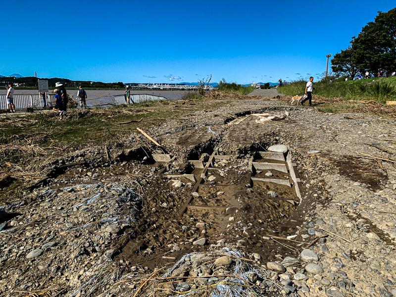 台風19号: 多摩川: 砂礫